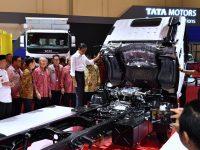 Presiden Dorong Industri Otomotif Nasional untuk Berinovasi
