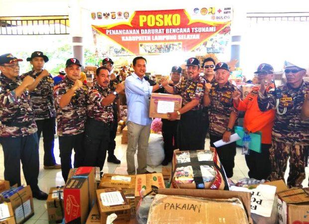 PD VIII KB FKPPI Lampung Serahkan Bantuan Untuk Korban Tsunami