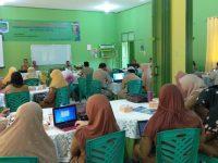 Upgrading Guru SMKN 3 Metro Menuju Pendidikan Era Industri 4.0