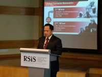 Kapolri Beri Kuliah Penanggulangan Terorisme di Nanyang Technological University Singapura