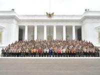 Ingatkan Dunia Berubah Presiden Minta TNI-Polri Respons Revolusi Industri 4.0