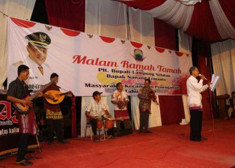 Silahturahmi Plt. Bupati Lamsel dengan Masyarakat Penengahan Diwarnai Kesenian Gambus