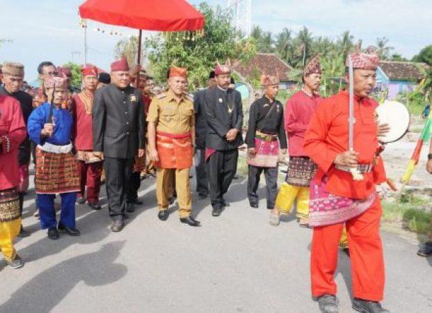Plt Bupati Lamsel Diarak Khudat dan Pincak Lampung