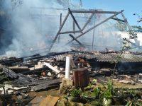 Jajaran Polres Tanggamus Olah TKP Rumah Warga Pekon Korban Kebakaran