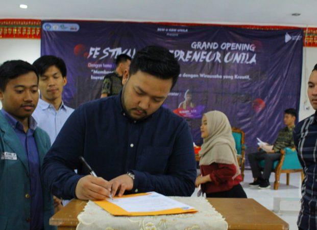 Grand Opening Festival Entrepreneur Unila, Momen Penting Mahasiswa Belajar Berwirausaha