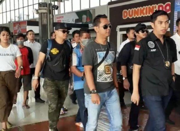 Ditangkap di Riau Penyelundup Sabu Tiba di Bandara Soetta