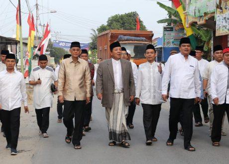 Gubernur Arinal Djunaidi Sholat Idul Adha di Masjid Istiqlal Bandarjaya Barat Lamteng