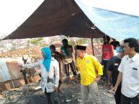 Kembali ke Dapil, Yuhadi Santuni Korban Kebakaran di Kelurahan Kaliawi