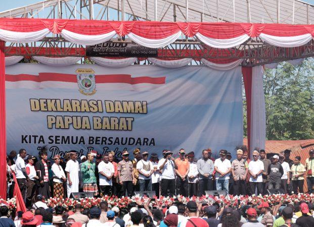 Deklarasi Cinta Damai di Manokwari Meriah