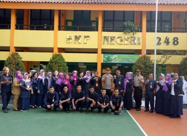 Wakapolsek Cengkareng Berikan Himbauan Kepada Pelajar SMPN 248