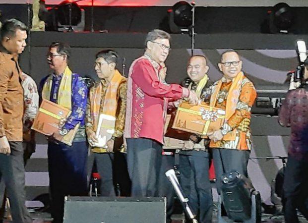 Pemprov Lampung Terima 17 Sertifikat Warisan Budaya Takbenda dari Kemendikbud