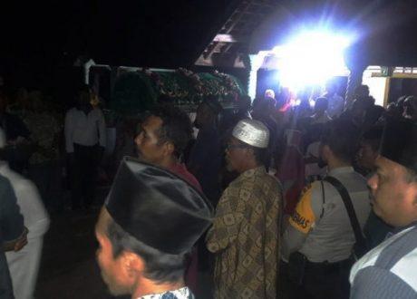 Bantu Pasang Tarub Pernikahan, Pria Tuna Rungu-Wicara di Tubaba Tersengat Listrik