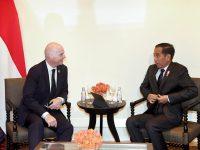 Begini Kata Presiden Jokowi Saat Bertemu Presiden FIFA
