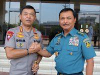 Kapolri Silaturahmi dengan Kasal dan Kasum TNI di Cilangkap